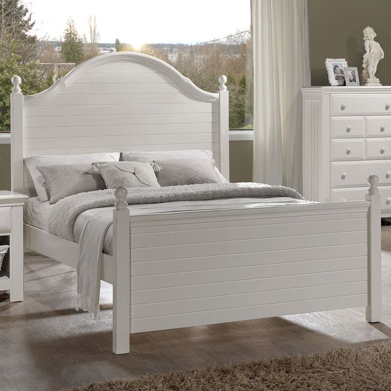 Jasmine White Full Poster Bed | Weekends Only Furniture and Mattress ...