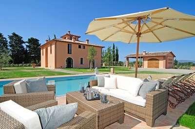VILLA INSOGLIO Beautiful independent villa with private