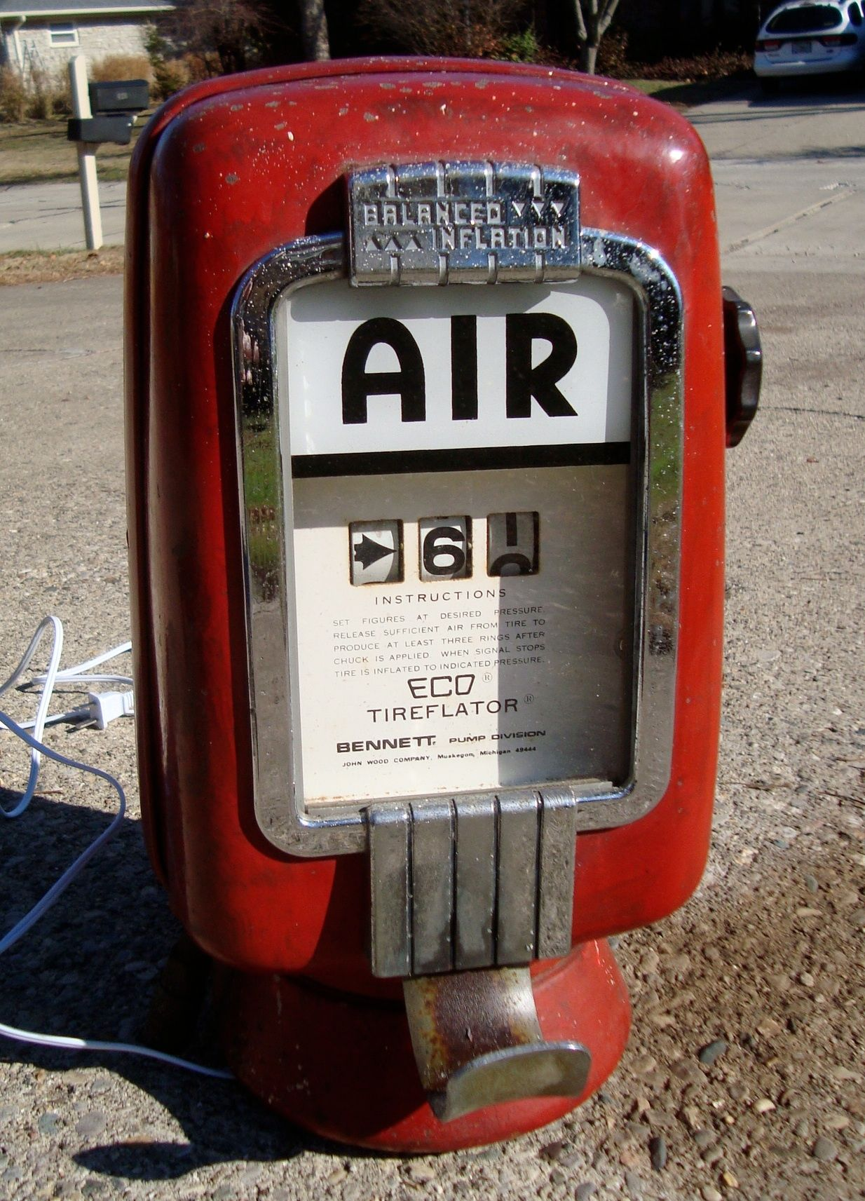 Eco tireflator air meter from gas station Brian Forrester | Fill It
