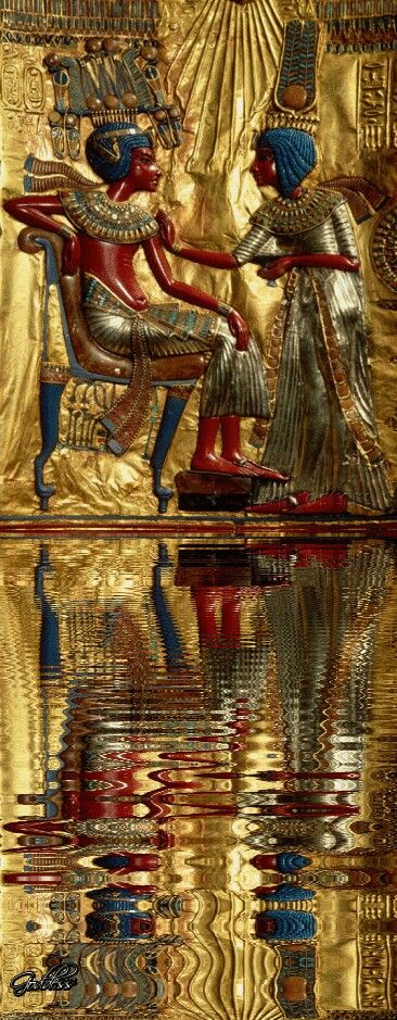 Tutankhamun and his royal wife Ankhesenamun.