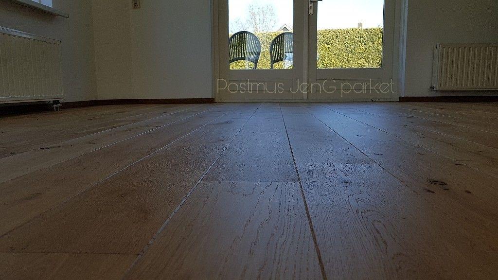 Houten Vloer Licht Maken : Eiken vloer gelakt met blekende parketlak houten vloer lichter