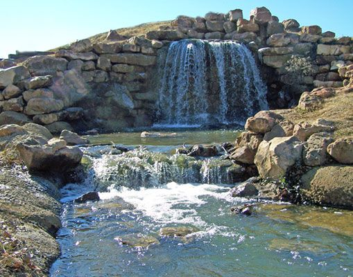 Coleman Park In Sulphur Springs Features Walking Trails A Lake A Waterfall Situated In Front Of Imagi Sulphur Springs Sulphur Springs Texas Weekend Vacations