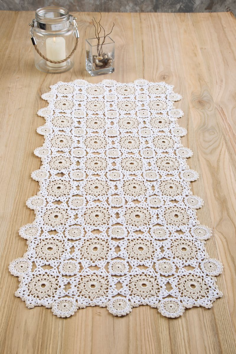 Everyday elegance table runner designed by agnes russell in aunt crochet chart ccuart Images