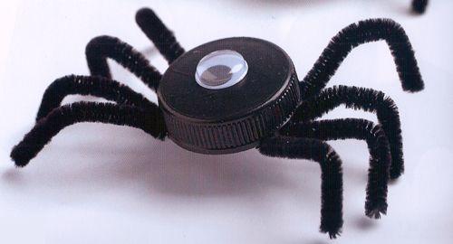 Manualidades. Cómo se hacen una arañas para la noche de Halloween