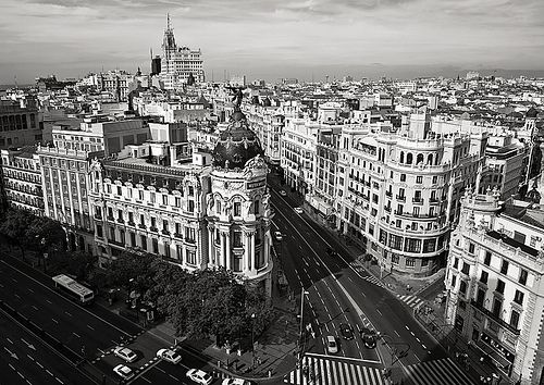 current photo madrid black and white granvia madrid yesterday and today pinterest. Black Bedroom Furniture Sets. Home Design Ideas