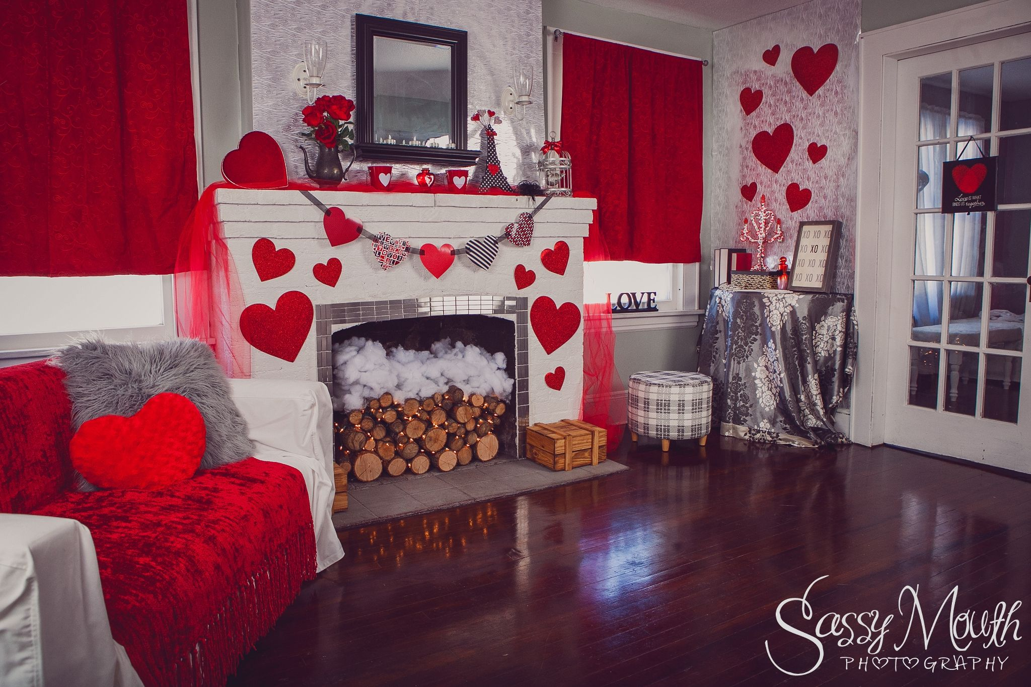Valentines decoration inspirations fireplace living room - Valentine day room decoration ...