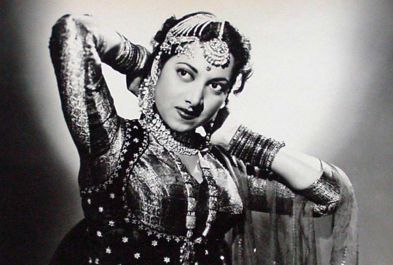 Suraiya photos and images - Cinestaan.com | Vintage bollywood, Bollywood celebrities, Bollywood dance