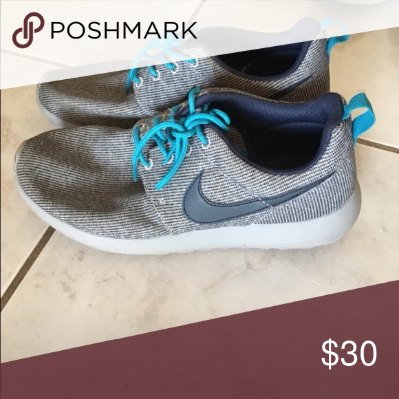 860f7f7c0dff Nike Roshes Size 8 for women Size 6.5 (kids size) Nike Shoes Athletic Shoes