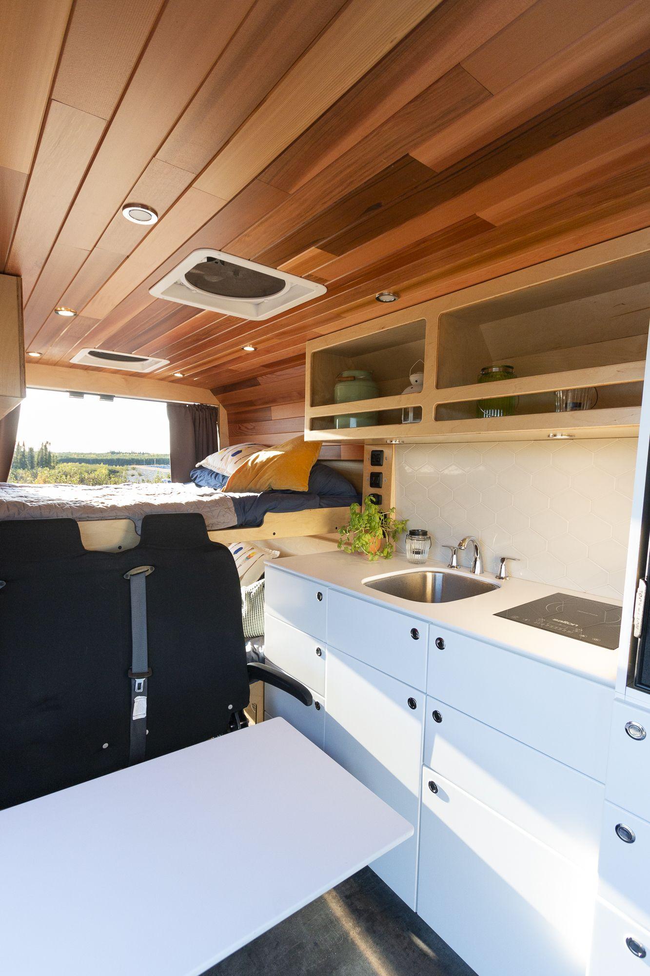 Photo of VanLife MTL: van build and conversions