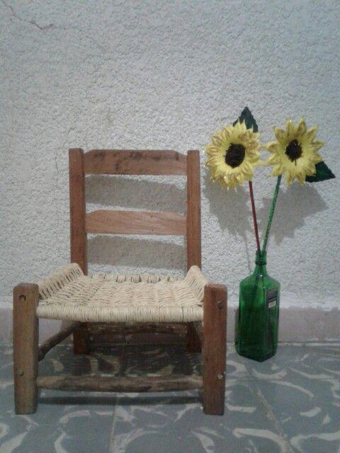 Área de lectura #minichair #sunflower #