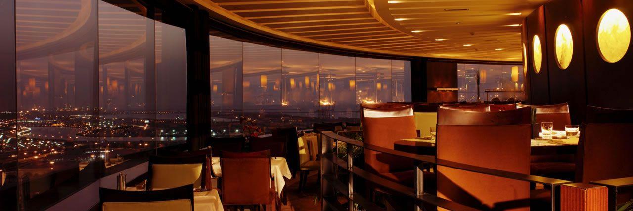Dubai Restaurants Breakfast In Dubai Hyatt Regency Dubai Restaurant Rotating Restaurant Hyatt Regency