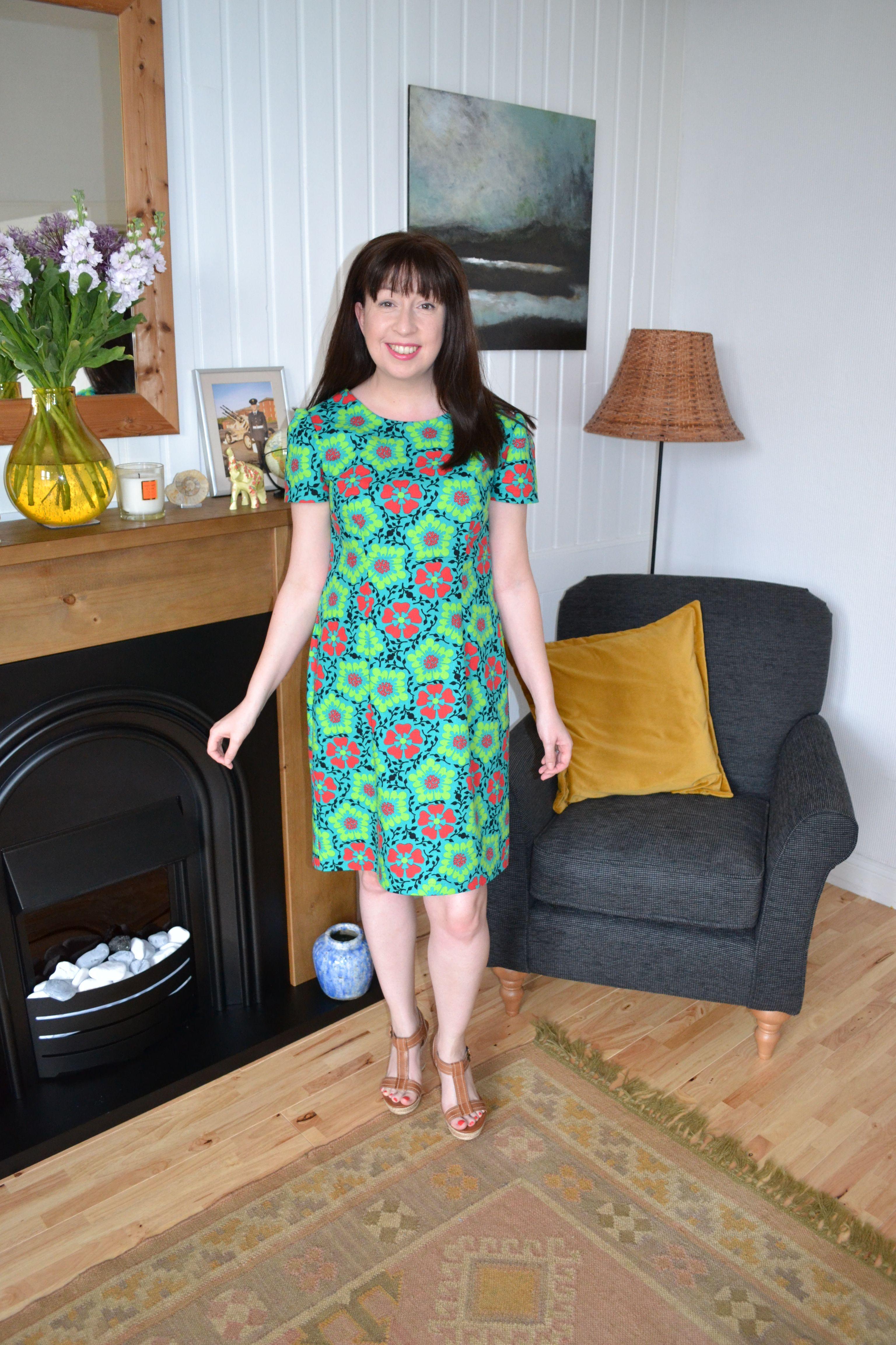 Modern dressmaker buttons - Megan Dress From Tilly Walnes Aka Tilly The Buttons Fab Book