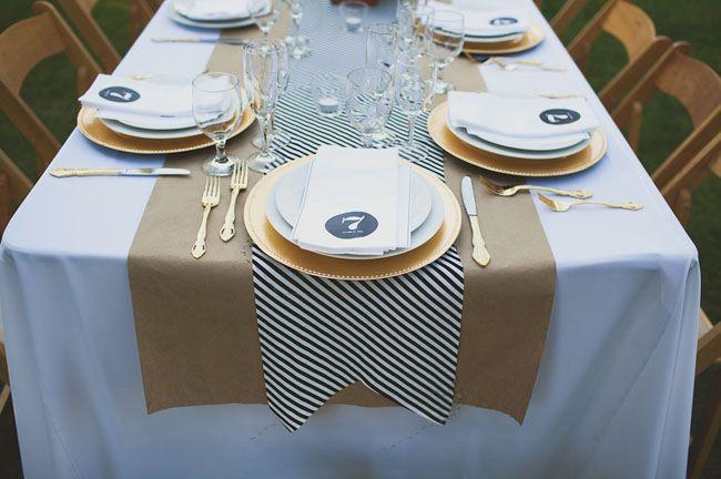Bonita idea de caminos de mesa.
