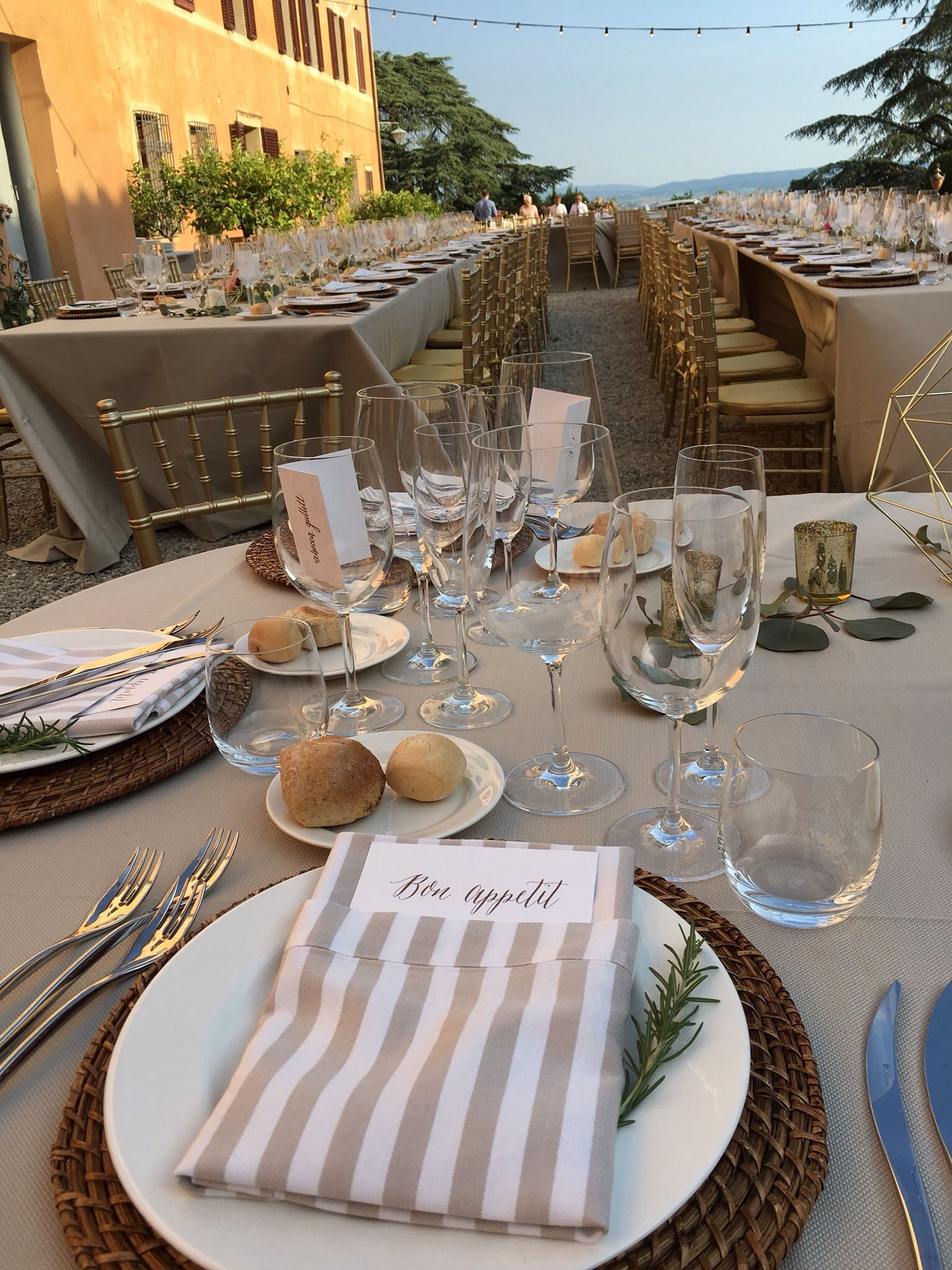 Bon ABuon Apetite ! french- Italian -Irish Destination Wedding at Villa di Catignano