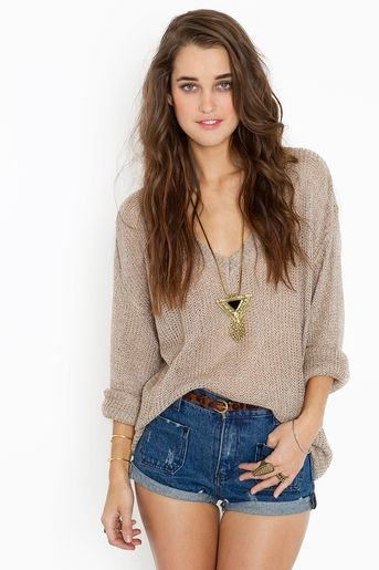 Maddy oversized knit... love long sleeves with shorts