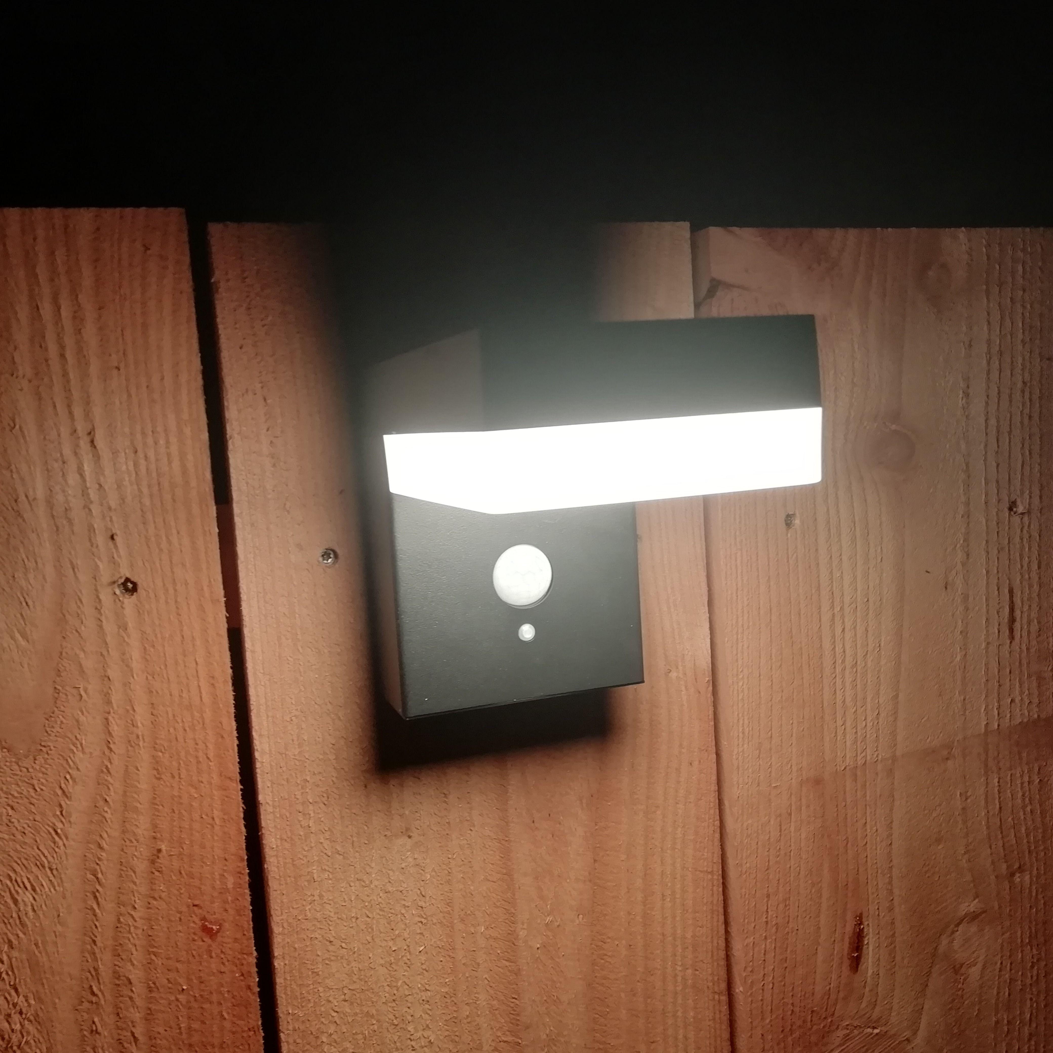 Solar Wandlamp Oslo Warm Wit Licht Met Bewegingssensor Wandlamp Oslo Solar
