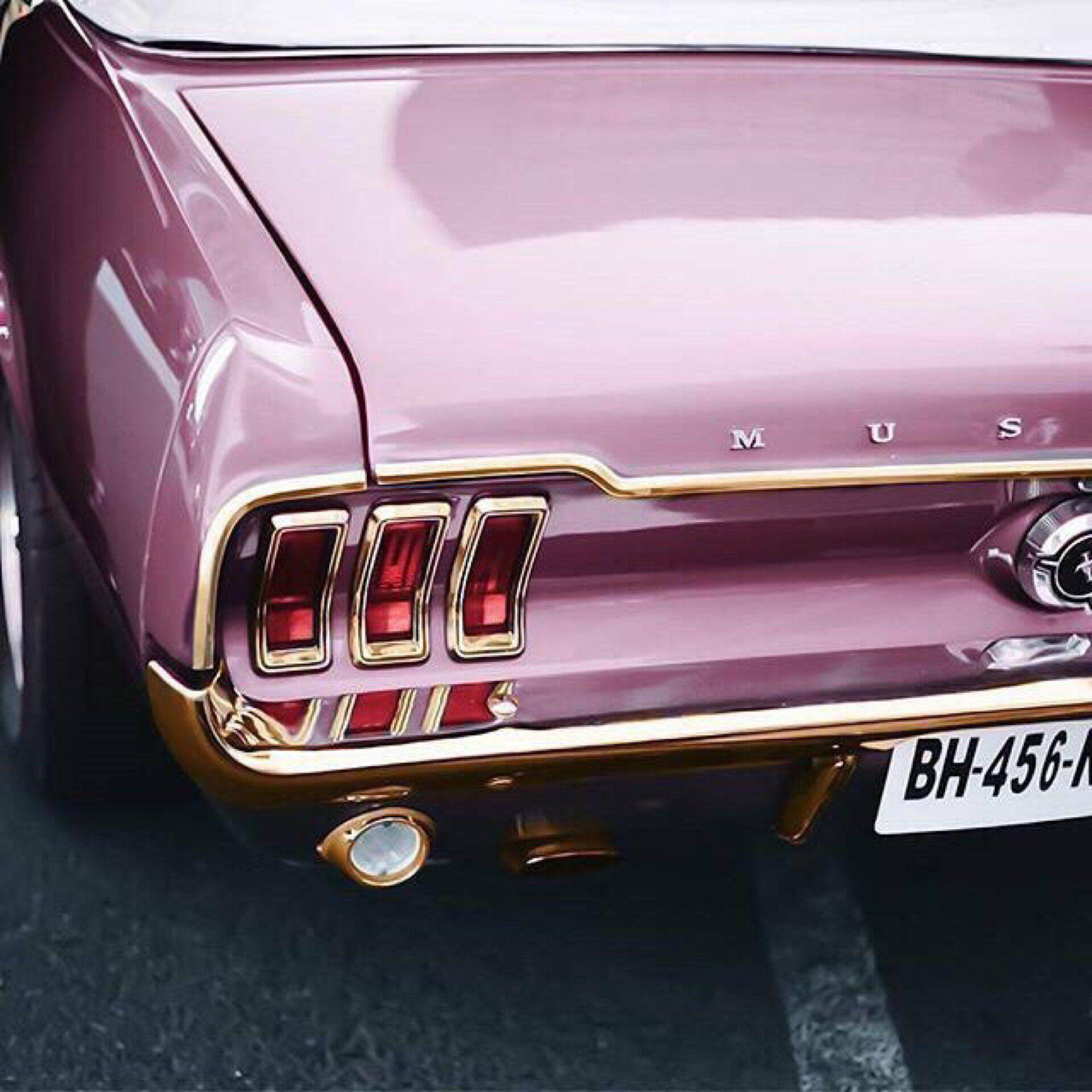 Photo of Pink Mustang