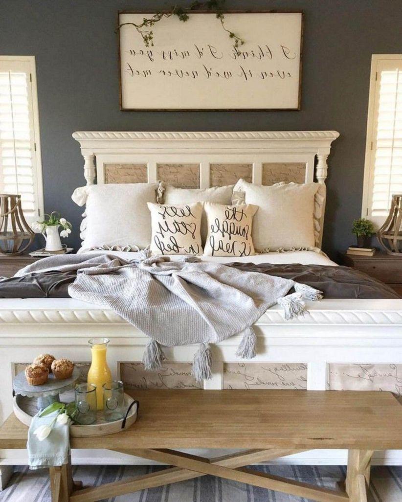 47 Astonishing Farmhouse Bedroom Remodel Ideas - DECOONA