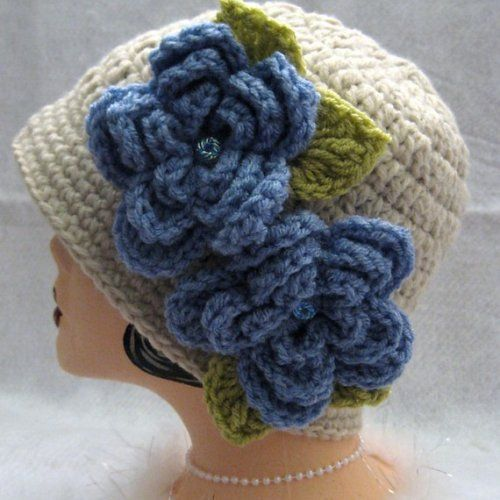 Inspiratation:  Crochet Cloche Flapper Hat Vintage Style Linen and Blue