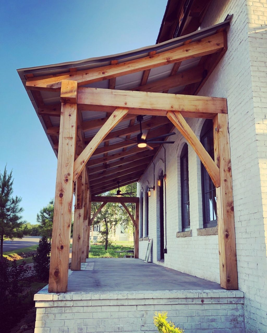 Building A Metal Lean To For Back Porch Mobile Home In 2020 Timber Frame Porch Porch Roof Design Porch Design