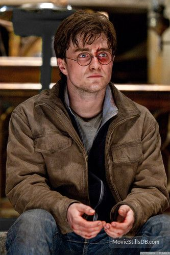 Harry Potter And The Deathly Hallows Part Ii Publicity Still Of Daniel Radcliffe Harry James Potter Daniel Radcliffe Harry Potter Daniel Radcliffe