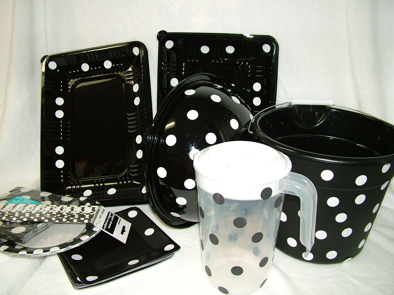 Bunco plates decorations i bought round dinner plates