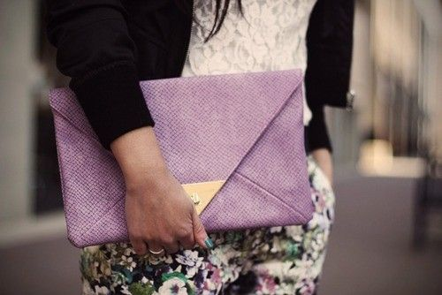 love the color of this oversized clutch!