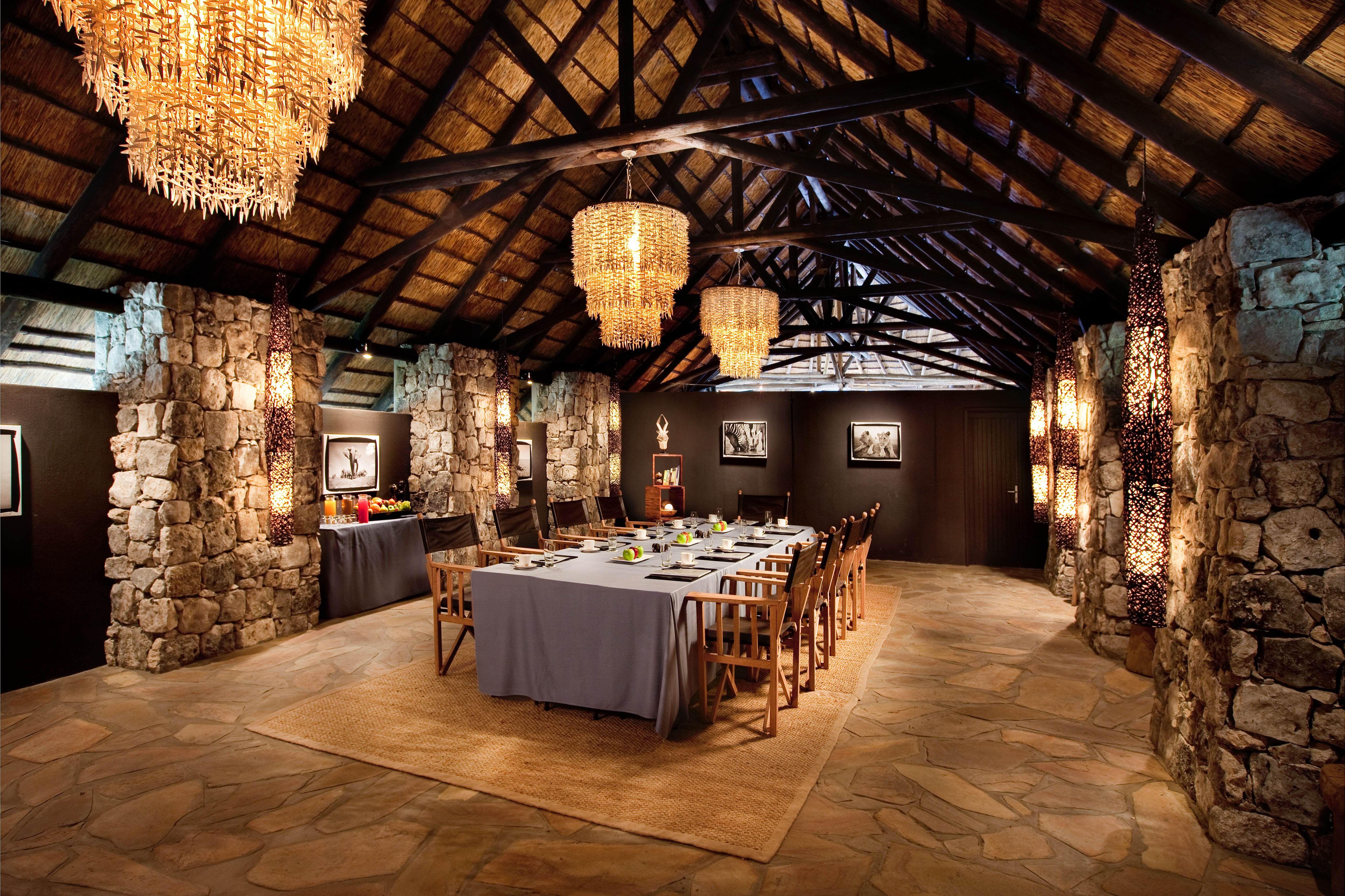 Luxury African Safari Lodge Kempinski Mokuti Namibia