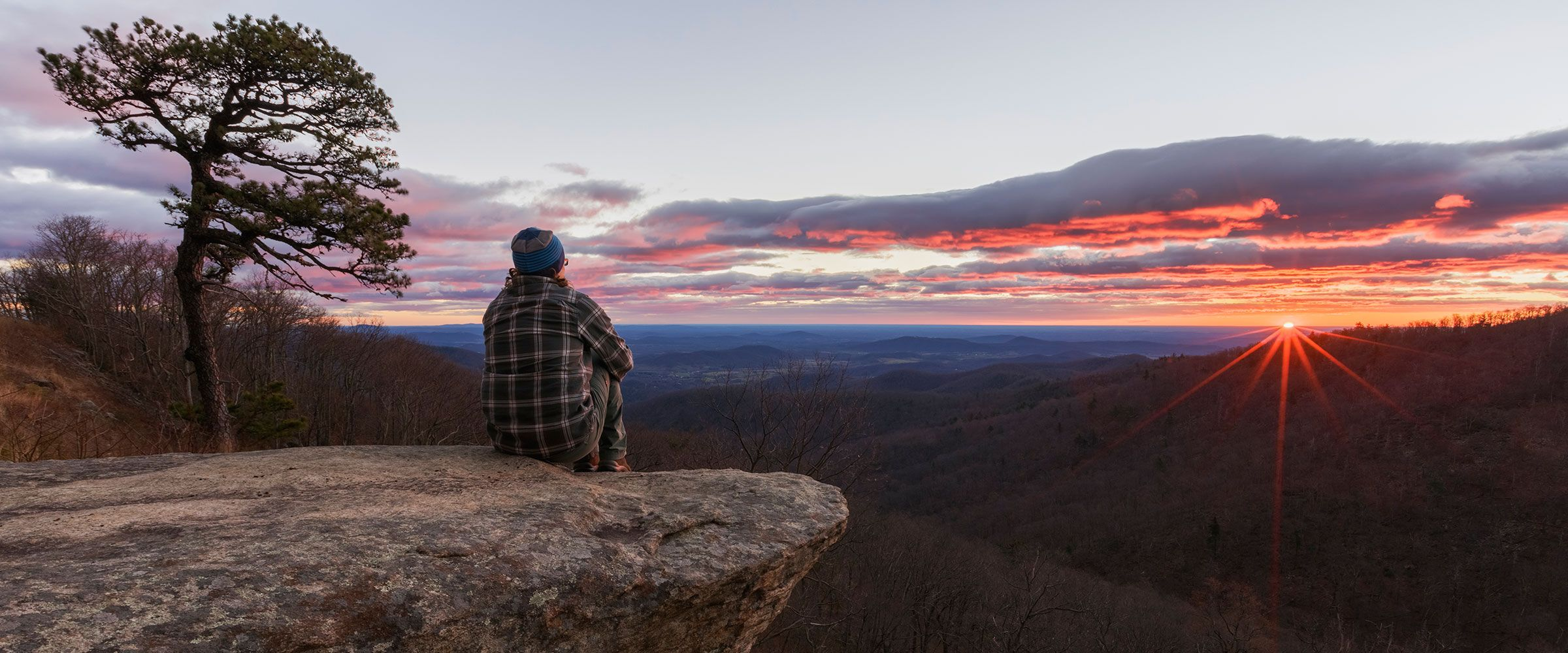 Surrounded by the Blue Ridge Mountains, this expansive valley is anchored by Shenandoah National Park and is home to picture-postcard towns, wineries, historic landmarks and outdoor adventures. Its closest point is about 120 kilometers from Washington DC. #VisiTheUSA