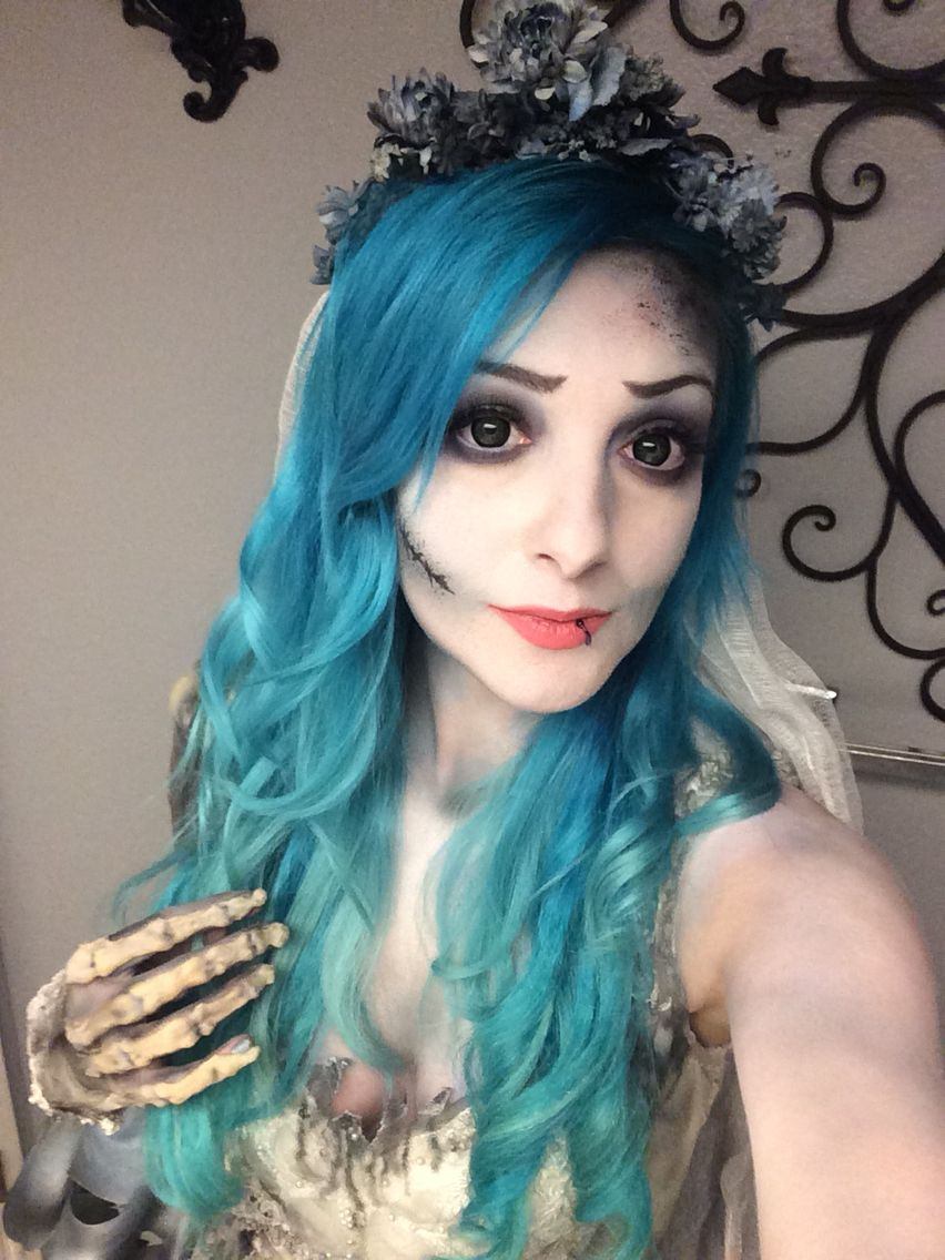 corpse bride wedding dress Corpse Bride makeup A more realistic version of Emily by Nicole Chilelli