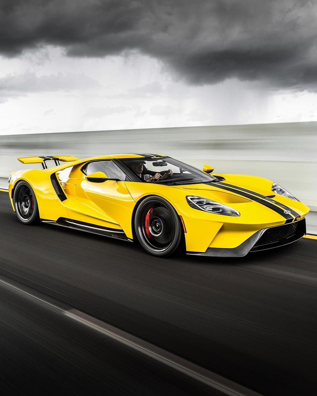 Best Looking Supercar Of 2018 Dragtimescom S Ford Gt Ford Gt Fordgt Ford Gt Super Cars Ford