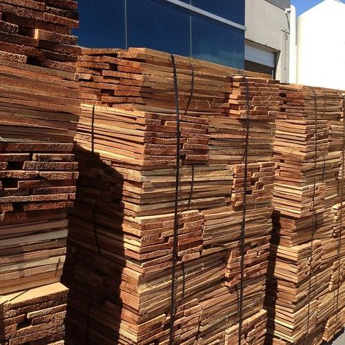 Best Cedar Shakes Cedar Shingles Siding Cedar Roofing 400 x 300