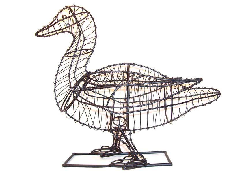Duck Animal Topiary Frame | záhrada | Pinterest | Topiary, Garden ...