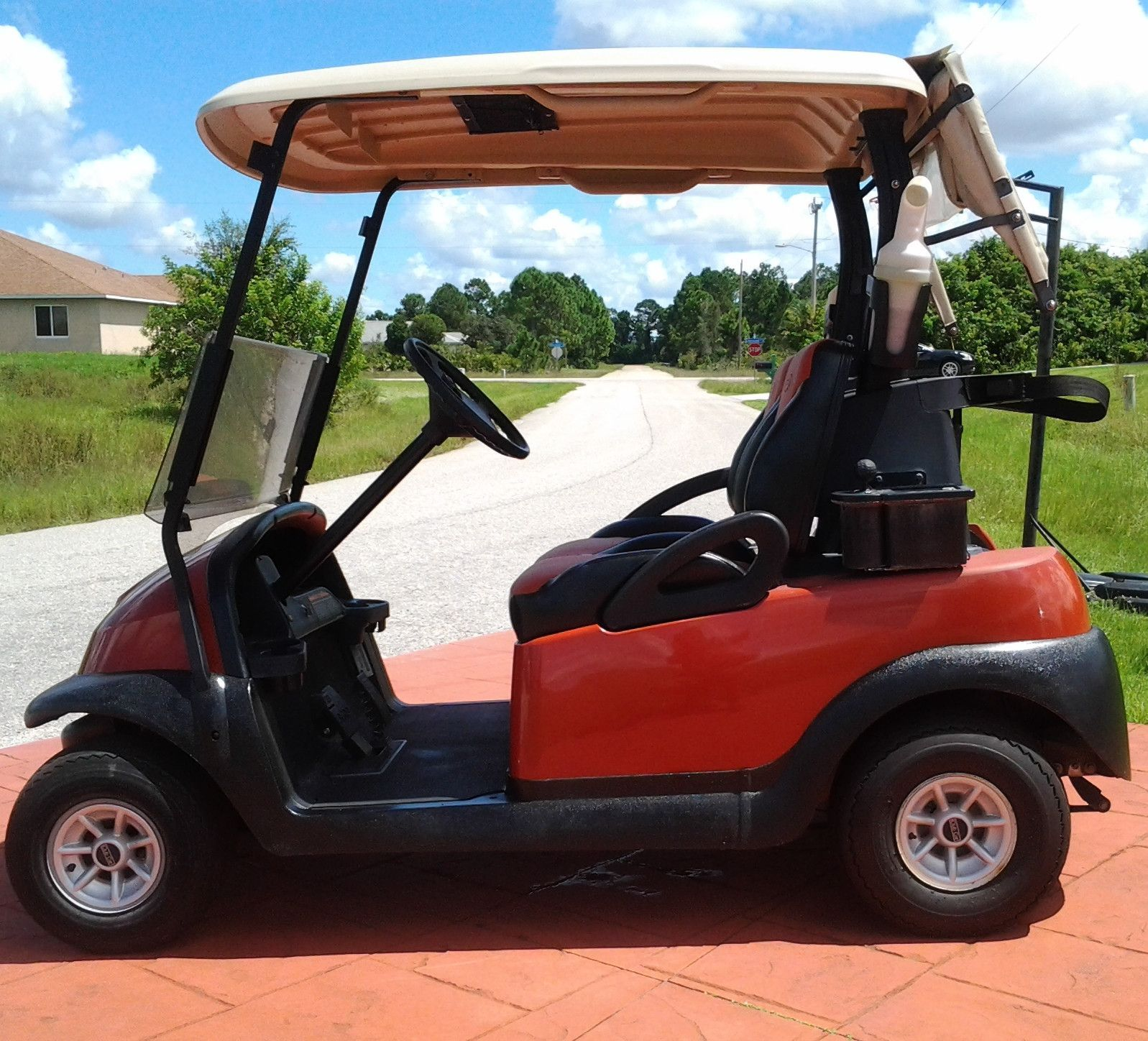2010 Cayenne Club Car Precedent Golf Cart w/ New Batteries