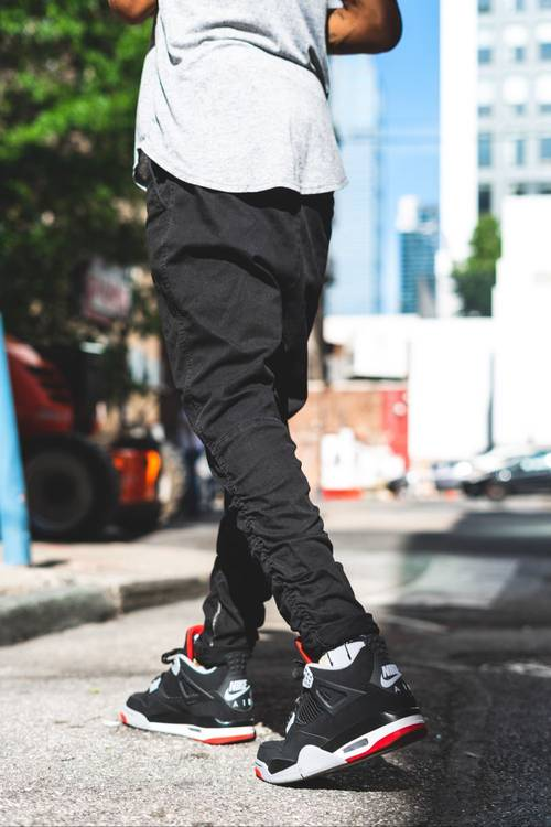 outfits with jordan 4