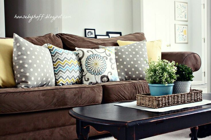 Mixing Throw Pillows Dark Brown Search And Living Rooms