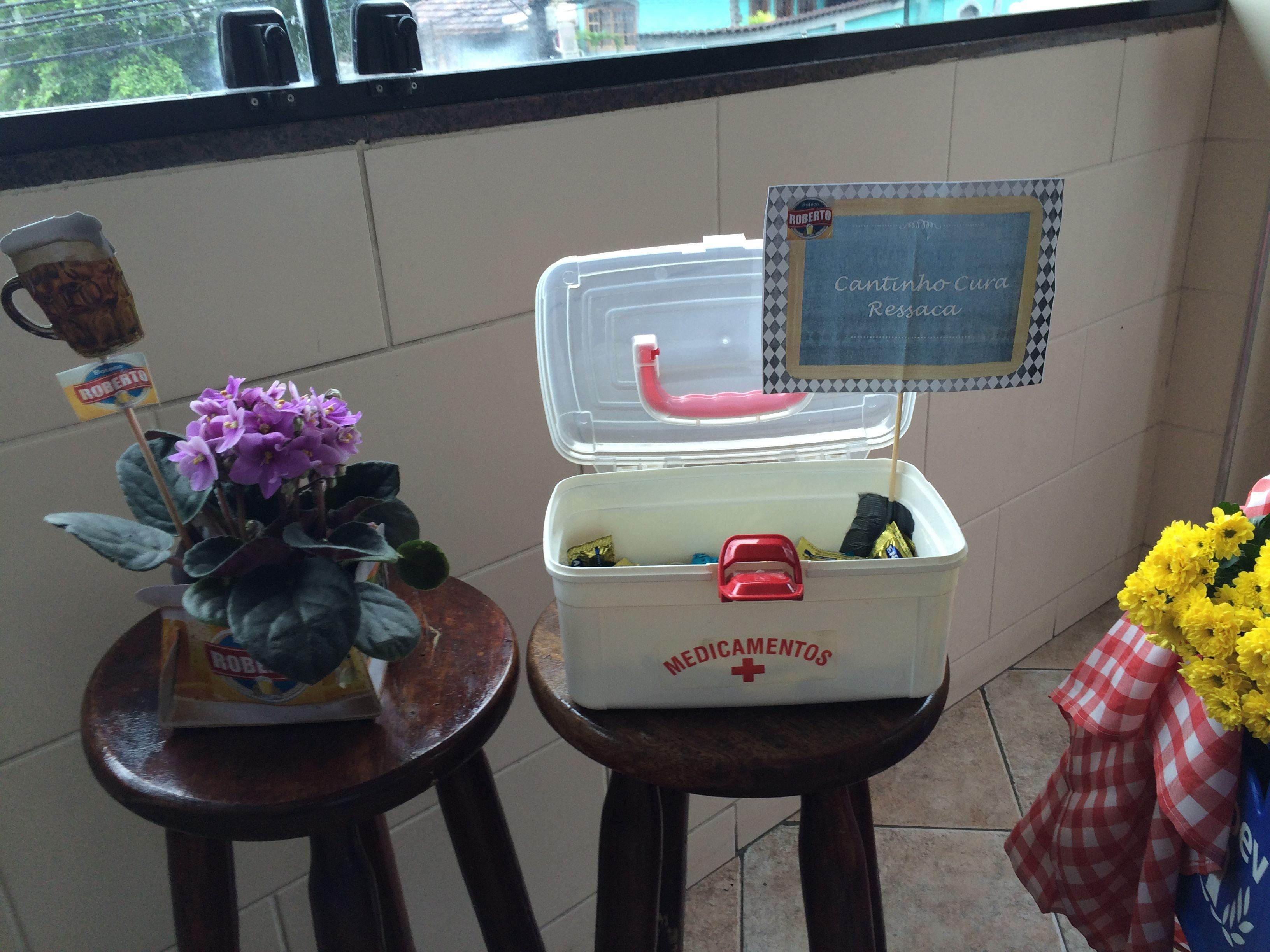 Festa de Boteco.  Tema: Boteco do Roberto 70. Em 10-09-2015. Coisas que amo fazer para minha família. Bolos Thiengo-Fernando +55 (21) 99190-7650.  #DIY  #decoraçãofestacaseira  #hobby  #festadeboteco  #alegria  #prazer