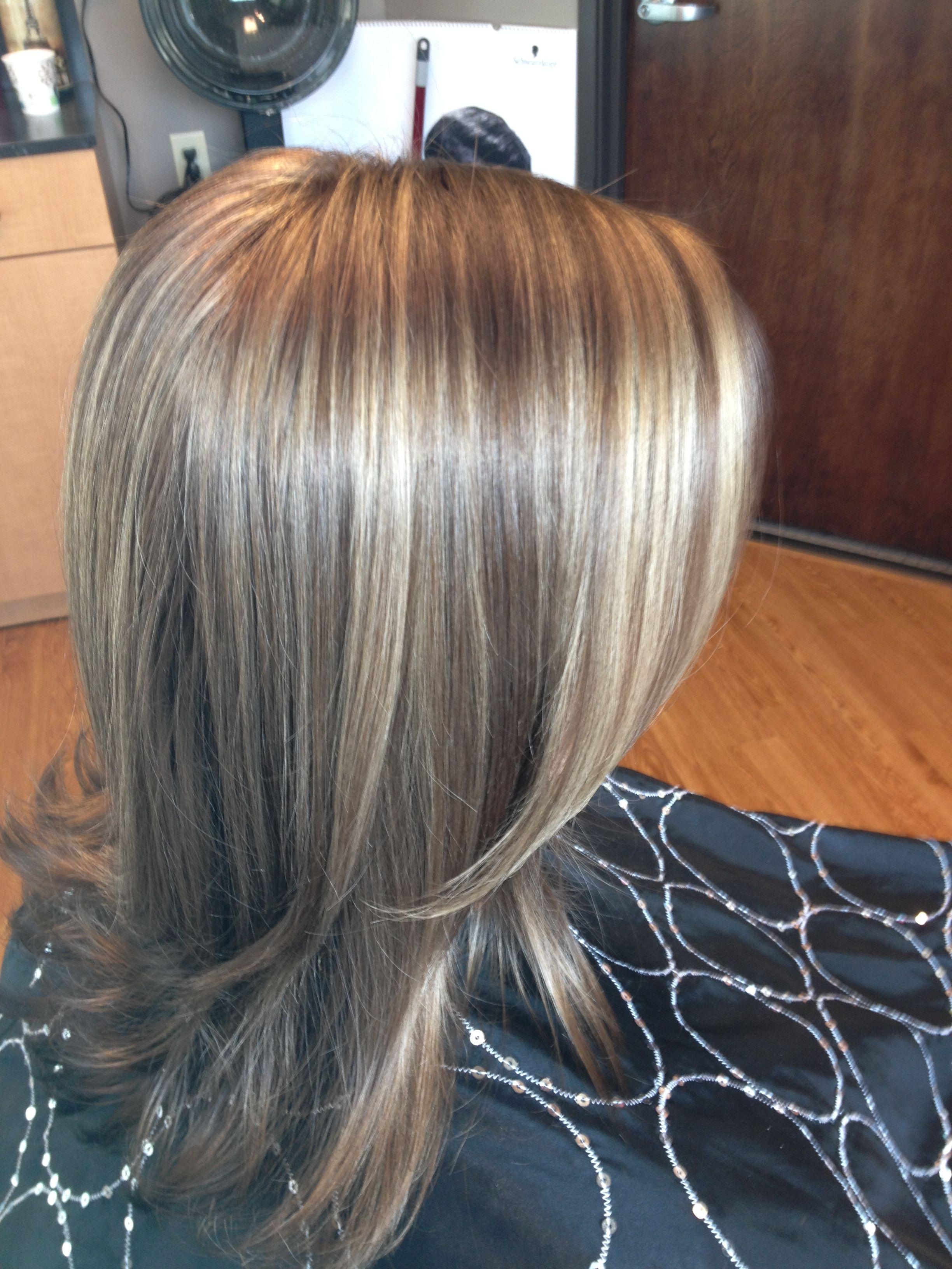 Jennifer Aniston S Color Blonde Highlights And Light