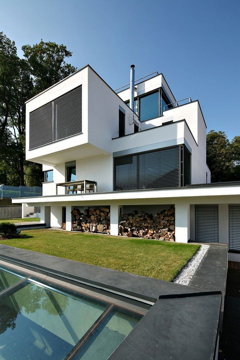 XV house by RS Robert Skitek