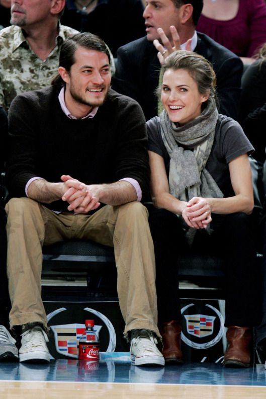 Amy Schumer S Boyfriend Has The Ideal Boyfriend Profession Keri Russell Ideal Boyfriend Celebrities