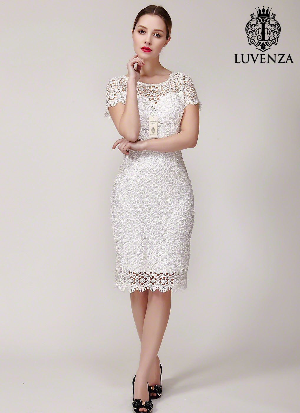 Lace dress open back  White Lace Sheath Dress with Open Back and Scalloped Hem  Backless