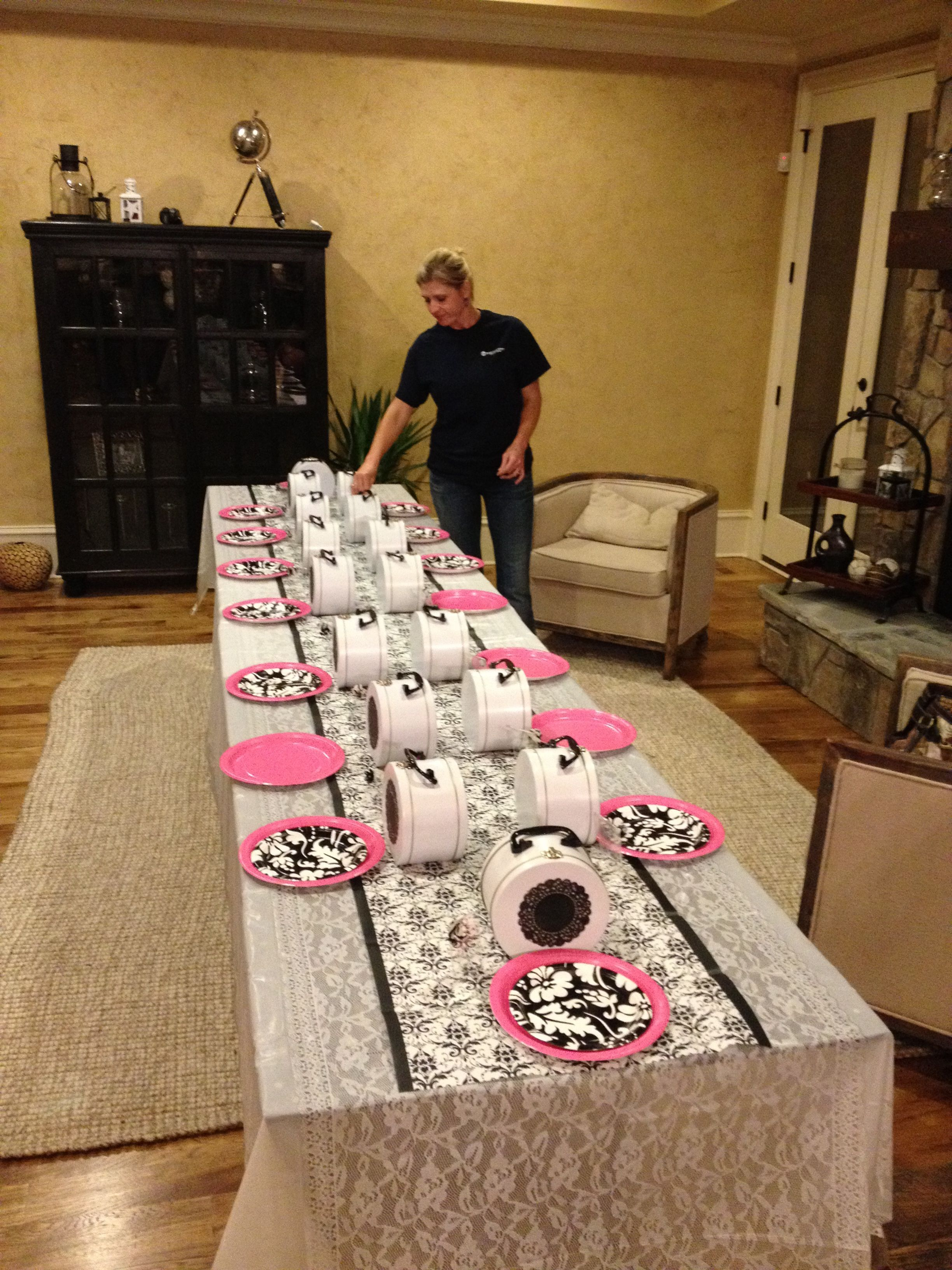 Family came it late night to help set up...table runner