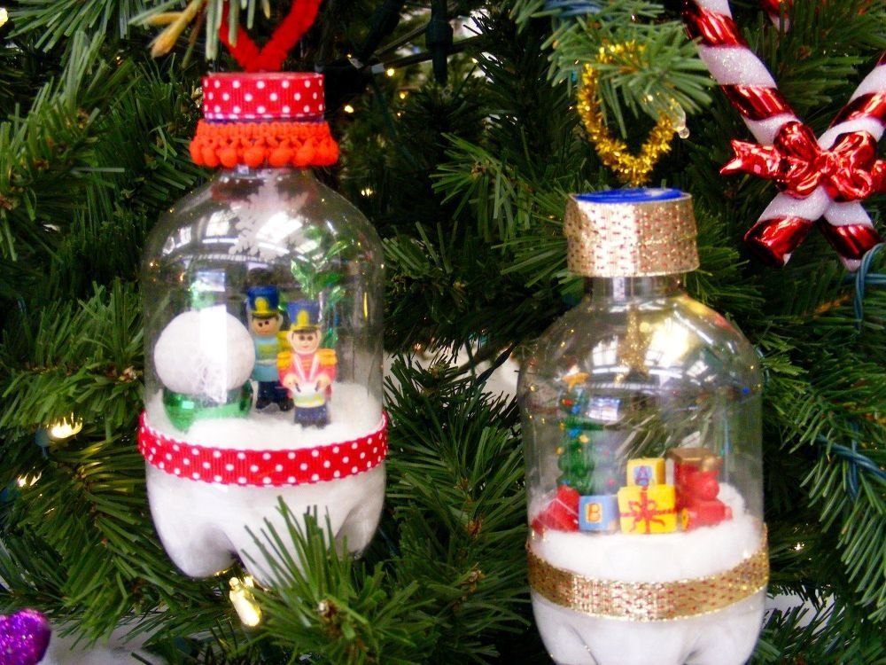 From The Recycle Bin To The Christmas Tree Recycled Christmas Decorations Christmas Ornaments Diy Christmas Tree Ornaments
