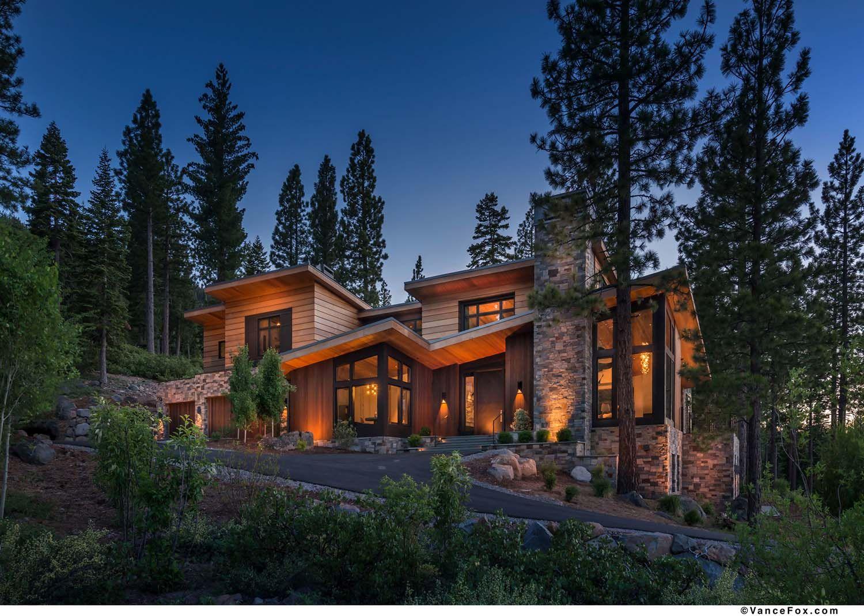 Northern California Mountain Retreat Displays Impressive Design Details Contemporary House Exterior California Mountains Cottage Plan