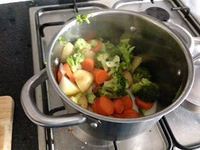 CaliBell: Homemade Baby Food: Carrots, Broccoli & Cheese Puree