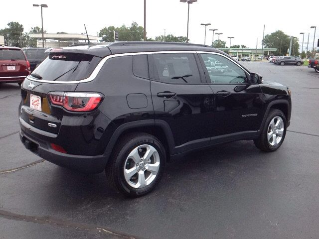 New 2018 Jeep Compass Latitude Suv Elkhart A Comfortable Ride In A