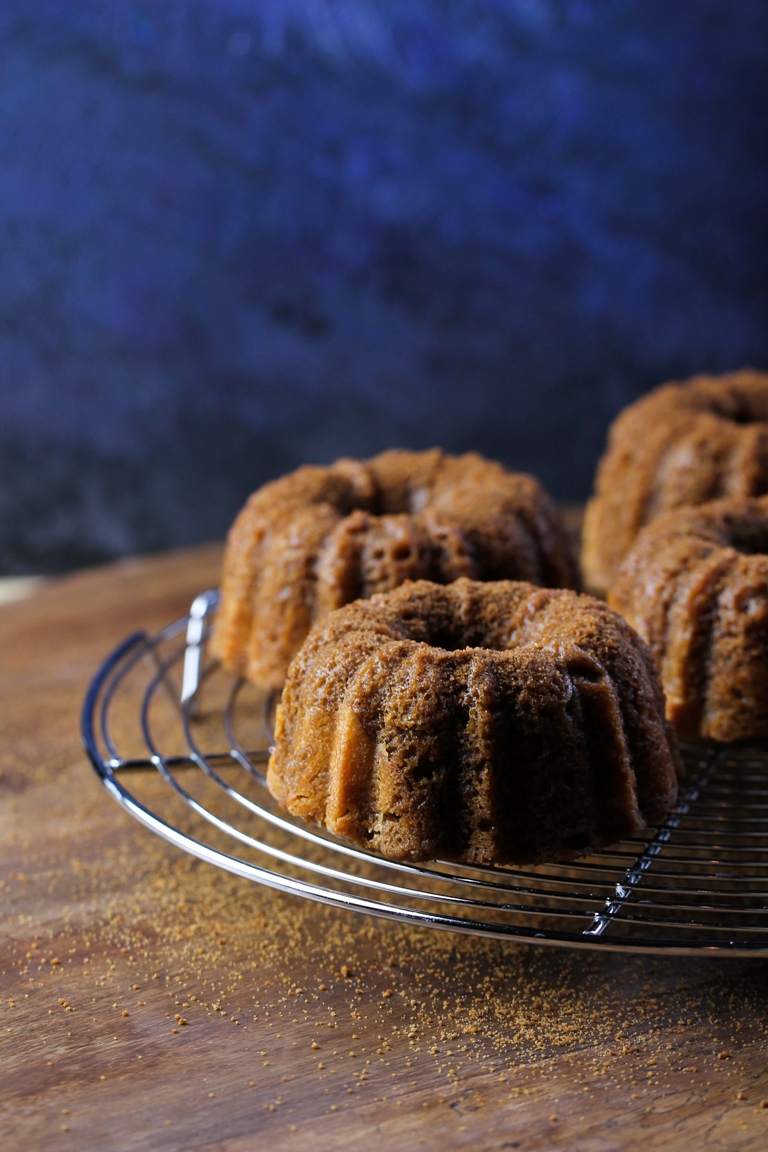 Mini Cinnamon Sugar Cream Cheese Bundt Cakes (Giveaway!) - yet to try (post-hashimoto) -