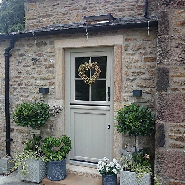 Lisa la proprietaria di questo bel cottage inglese ama for Piani di casa cottage inglese