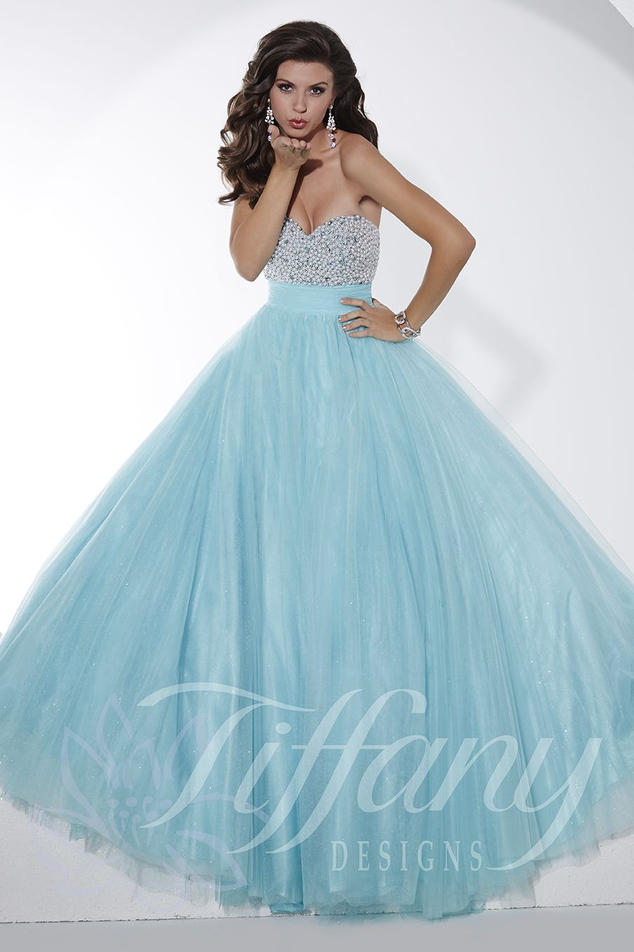 Tiffany Designs Style 61139: The strapless sweetheart bodice of this ...