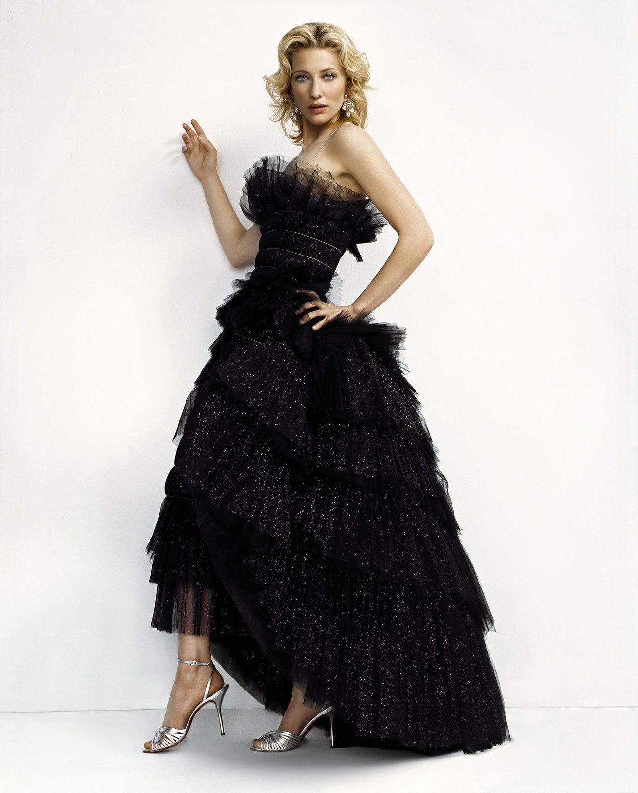 Pin By Gabriela Urbina On Cate Blanchett Ball Gowns Unique Dresses Dresses [ 1617 x 1300 Pixel ]